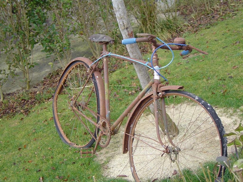 Bicicleta en Mozodiel de Sanchíñigo
